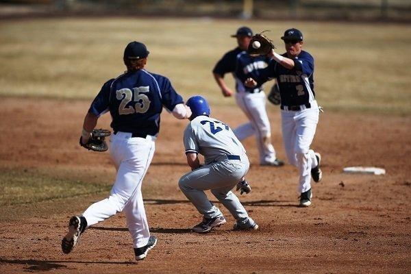 USU-Eastern-Baseball-in-Action.jpg