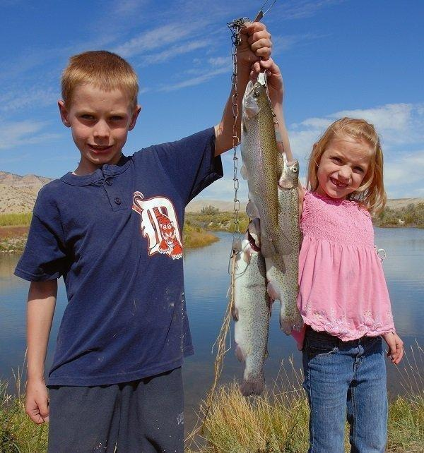 brent_9-24-2011_kids_show_trout_caught_at_huntington_game_farm_pond.jpg