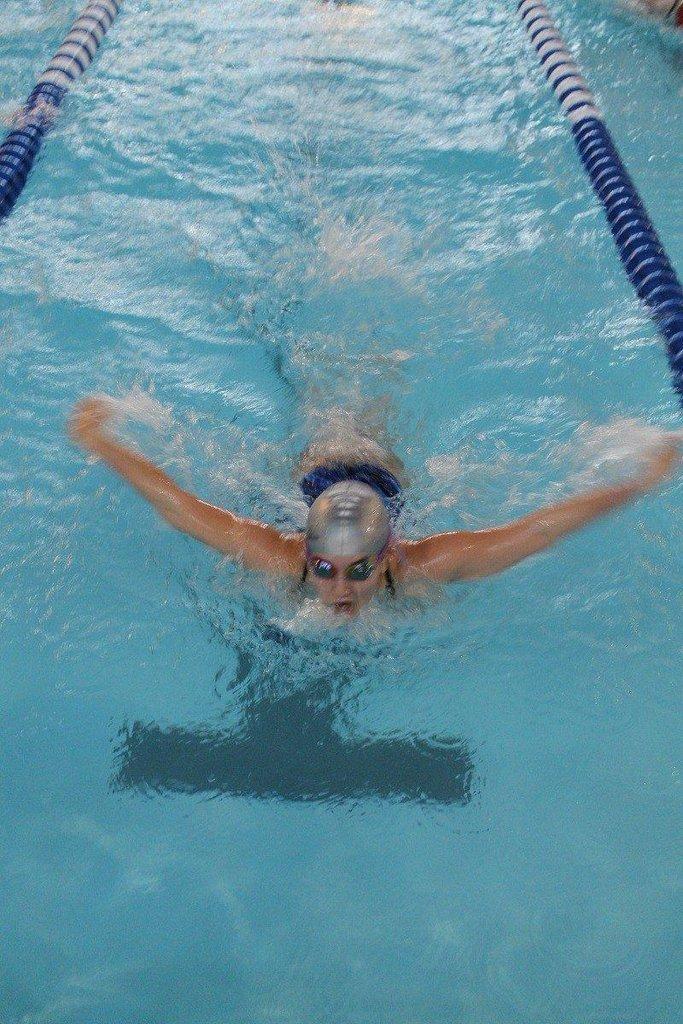 Carbon-vs-Uintah-swim-47.jpg