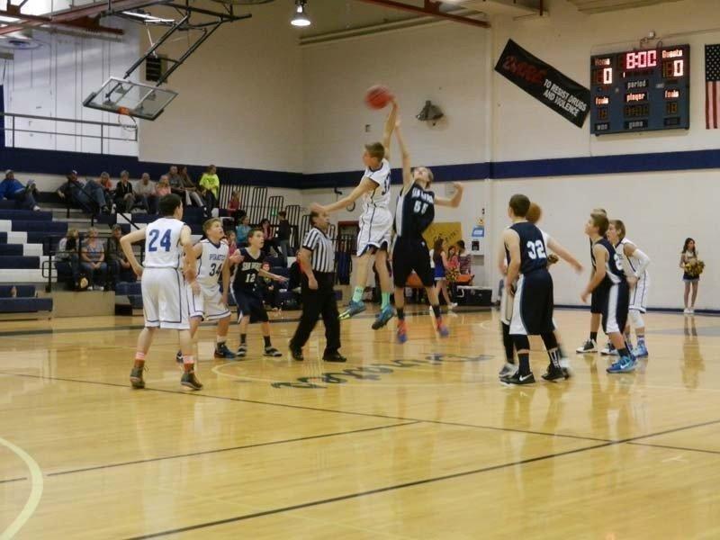 Derek-Hillam-jump-shot.jpg