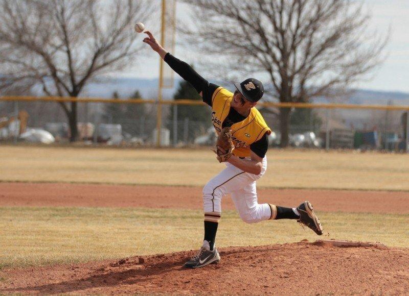 EHS-Baseball-vs-Grand.jpg
