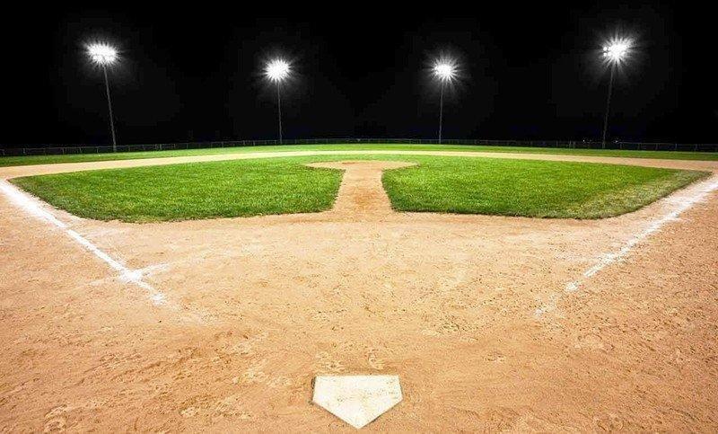 baseball-diamond-lights.jpg
