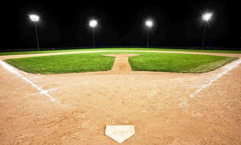 baseball-diamond-lights.jpg