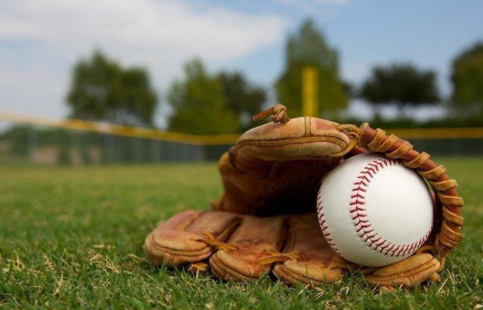 baseball_glove.jpg