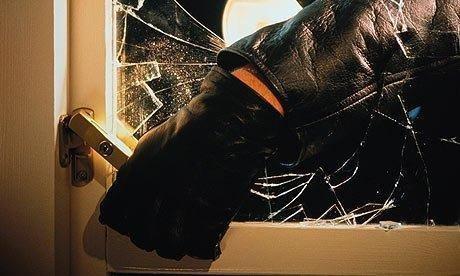 Burglar-002.jpg