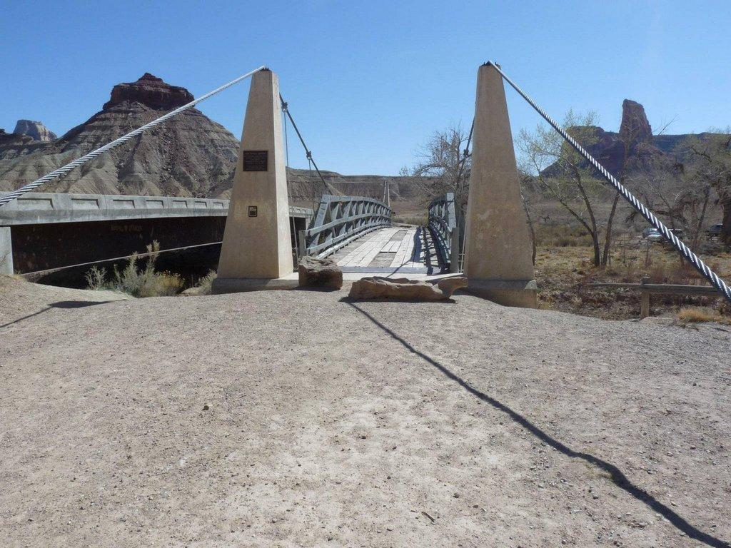 Julie-Johansen-San-Rafael-Swinging-Bridge.jpg