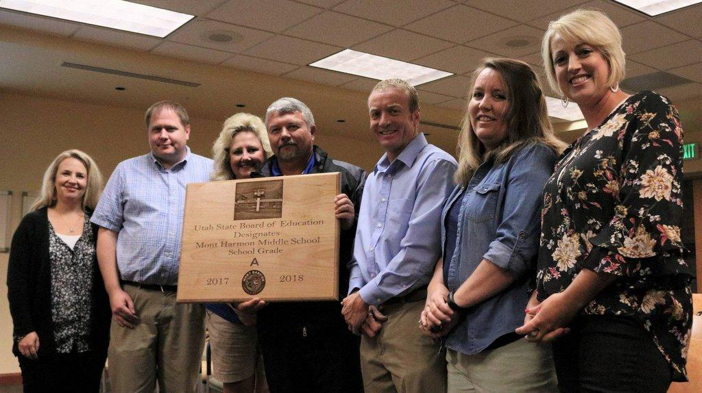 MHMS-teachers-and-staff-receive-an-award-at-the-Carbon-School-District-board-meeting-on-Oct.-10..jpg