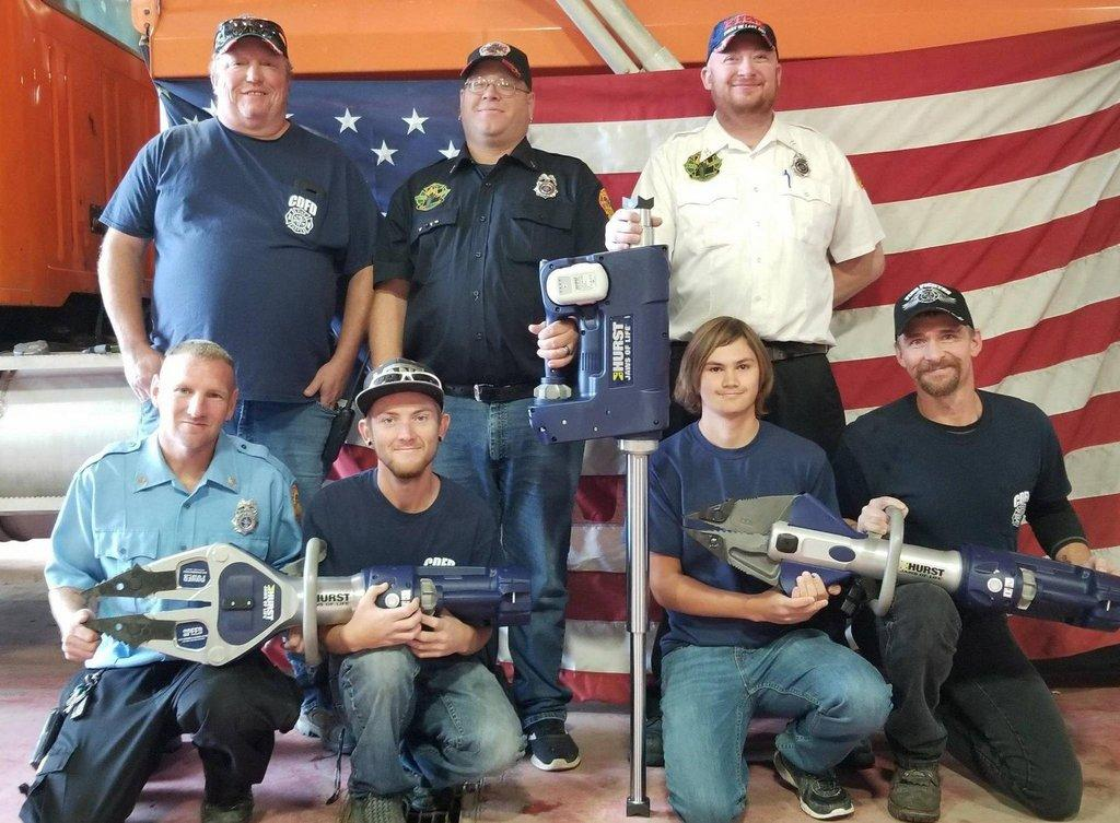 Castle-Dale-fire-department-with-their-new-equipment.jpg