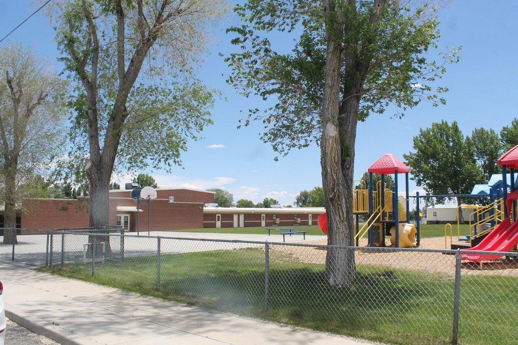Huntington-Elementary.jpg