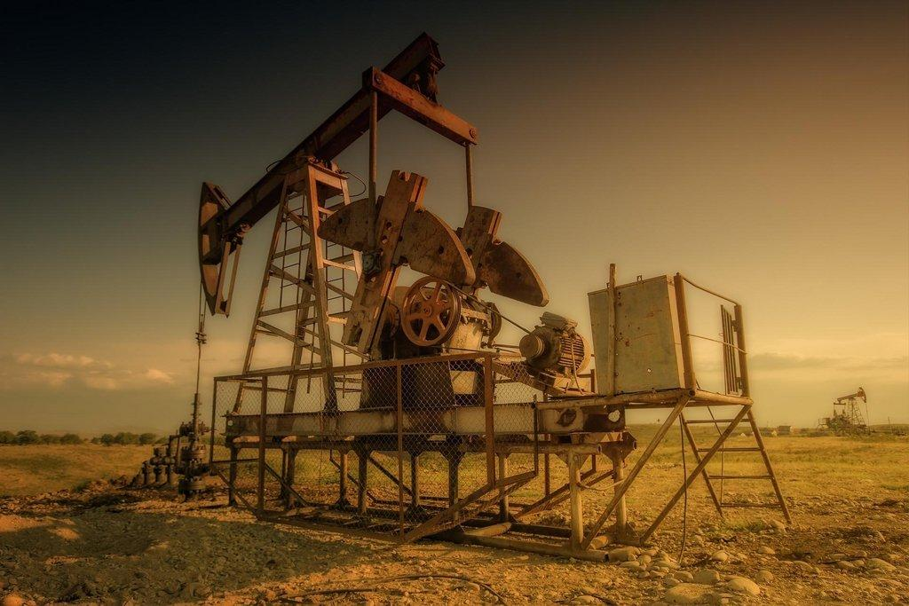 oil-3629119_1920.jpg