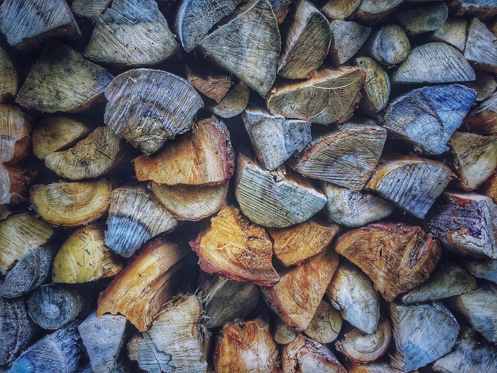 wood-1246276_1920.jpg